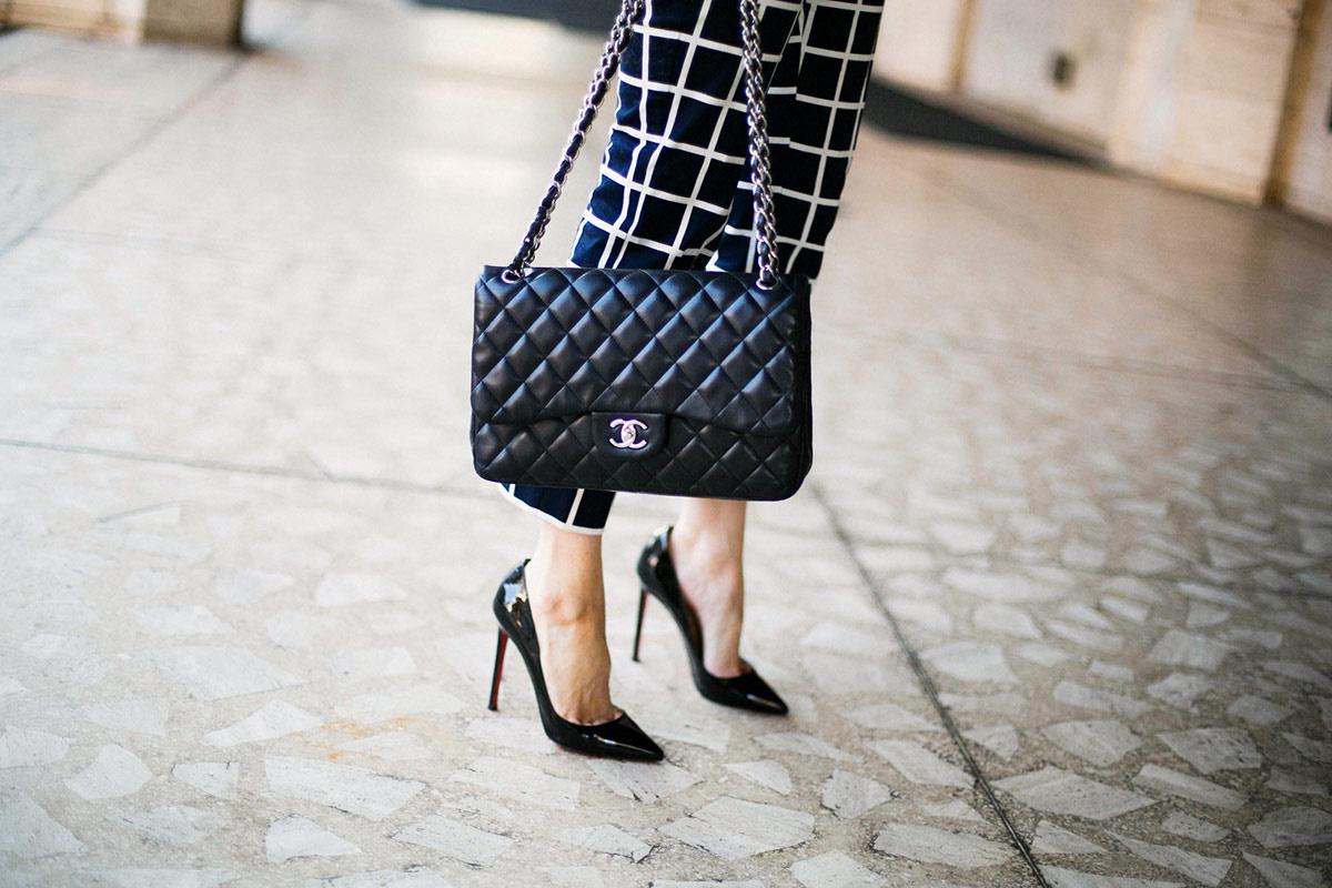 Estilo minimalista: prendas clave, streetstyle y moda en